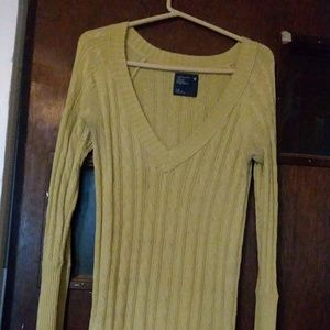 Women's V-neck American Eagle  Outfitters L/G.